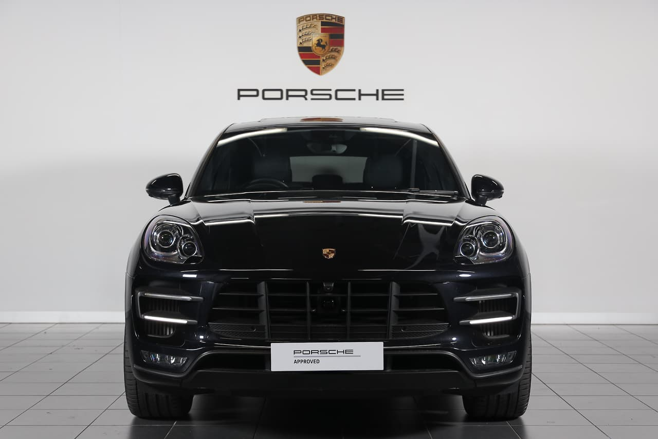 2016 PORSCHE MACAN Turbo WAGON